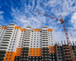 Министерство финансов РФ предложило продлить льготную ипотеку под 6,5% до конца 2021 года.